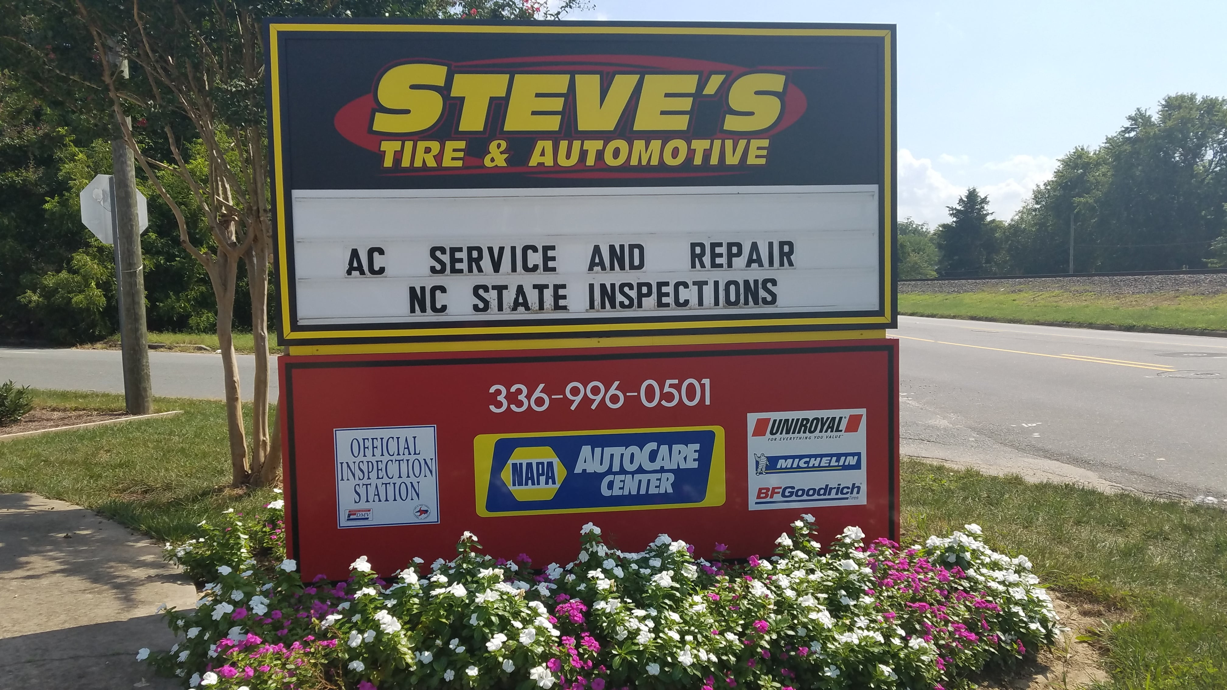 Steve's Tire & Automotive Sign